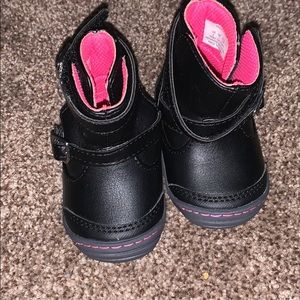 Like new surprize boots infant girl size 2
